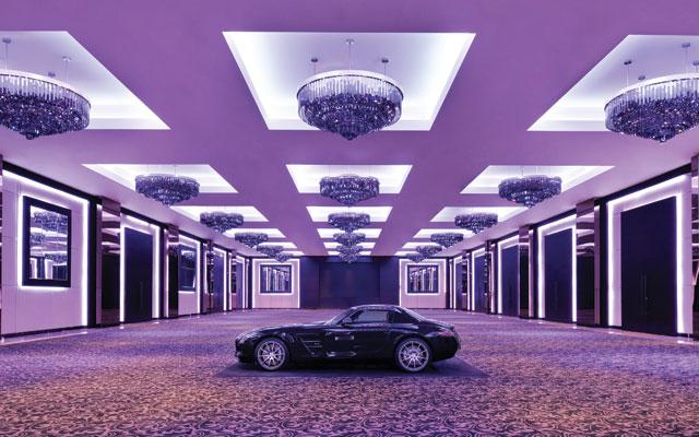 Mega Hotels